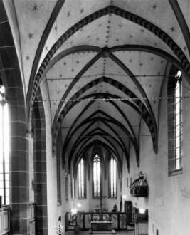 ['Kirchplatz 1']
