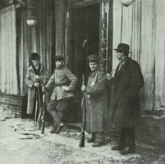Bewaffnete Spartakisten