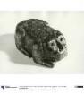Tuschereibstein in Form eines kauernden Fabelwesens