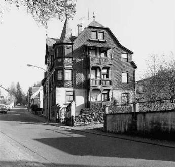 Waldstraße 67
