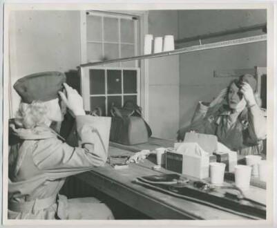 Marlene Dietrich (Fort Meade, März 1944) (Archivtitel)