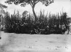 Am Phonographen (Deutsch-Ostafrikaexpedition 1906-1907)
