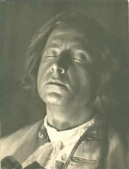 """Peter Esser in """"Prinz Friedrich von Homburg"""" von Heinrich von Kleist (Rollenportrait)"""
