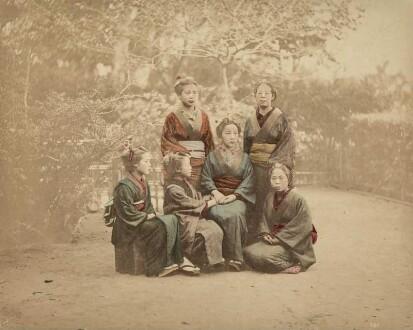 Gruppe junger Mädchen