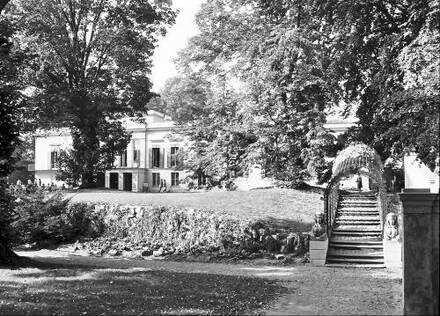 Berlin; Glienicke: Schloss Glienicke