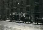 Edinburgh, Schottland. Touristen der Hapag auf vierspänniger Kutsche bei einer Wagenfahrt durch die Stadt