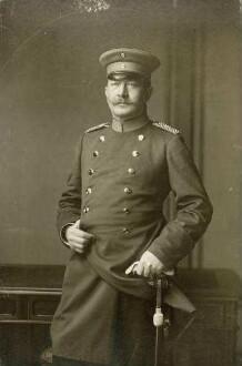 Schoenhals, Gustav Karl August Moritz; Generalarzt, geboren am 09.09.1855 in Hörde, gestorben am 17.11.1930 in Spandau