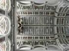 Decke mit Kartuschen und Engeln mit den Marterwerkzeugen Christi