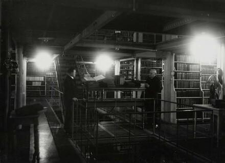 Büchermagazin der Bibliothek