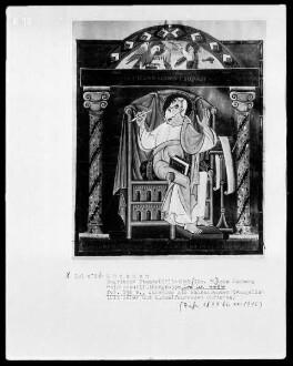 Evangeliar Heinrichs 2. — Johannes als schreibender Evangelist, mit Adler und himmelfahrendem Christus, Folio 194verso
