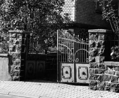 Grünberger Straße 41, Gartentor