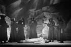 """Szenenbilder aus dem Drama """"Wilhelm Tell"""" von Friedrich Schiller am Schillertheater Berlin"""