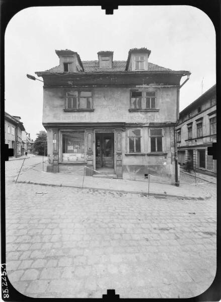 Arnstadt, Unterm Markt. Wohnhaus mit Laden (ehem. Gasthaus ...