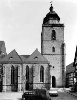 Walpurgiskirche von Norden