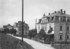 Pirna-Cunnersdorf, Dr.-Benno-Scholze-Straße. Mietvillen. Straßenansicht von Südosten