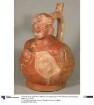 Applikation: anthropo-zoomorphe Figur; Relief: anthropomorphe Figuren