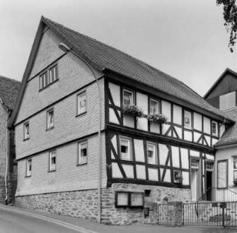 Am Schloßberg 7