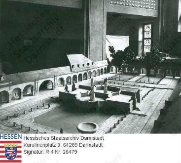 Bad Nauheim, Kuranlage / Badehaus 2 / Sprudelhofmodell in der Halle