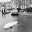 Attentat der Rote Armee Fraktion RAF auf Generalbundesanwalt Siegfried Buback, seinen Kraftfahrer Wolfgang Göbel und Justizhauptwachtmeister Georg Wurster