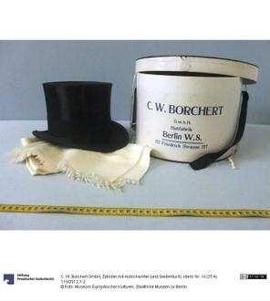 Zylinder mit Hutschachtel (und Seidentuch)