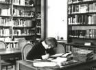 Dresden-Neustadt, Marienallee 12. Sächsische Landesbibliothek, Benutzerin im Musiklesesaal