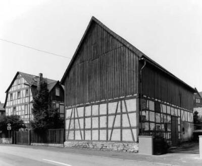 ['Hersfelder Straße 34', 'Hersfelder Straße 36']
