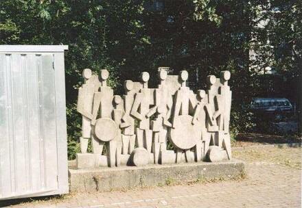 Doris Rücker<br /> Kinder mit runden und eckigen Formen, 1964<br /> © Kulturamt der Landeshauptstadt Düsseldorf