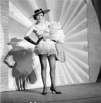 Kabarett der Komiker: 300 Jahre Kabarett; Lizzy Waldmüller im Valencia Tanz