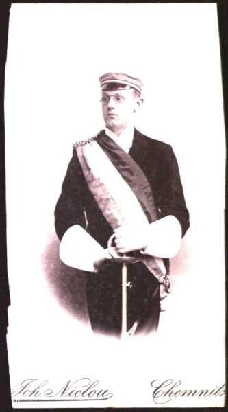 Hoffmann, Wilhelm Hinrich als Student in vollem Wichs