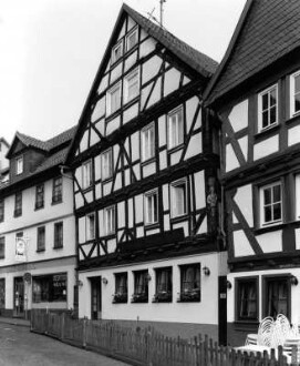 Hersfelder Straße 24