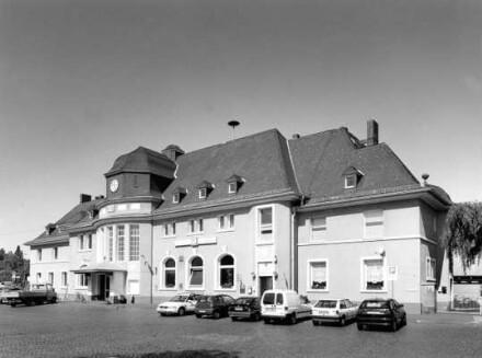 Bahnhofstraße 14