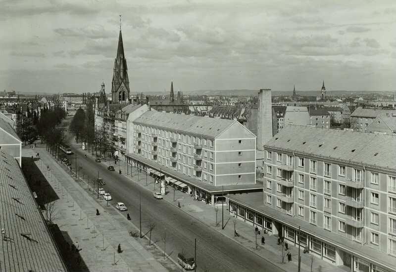 Dresden Striesen Blick Vom Wohnhochhaus Auf Neubauten An Der