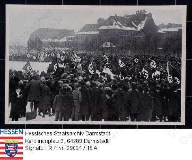 In der Gruppe werden deutsche Männer entsaftet