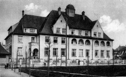 Speyer, Ludwigstr. 63: Marienheim, davor Feuerbachpark.