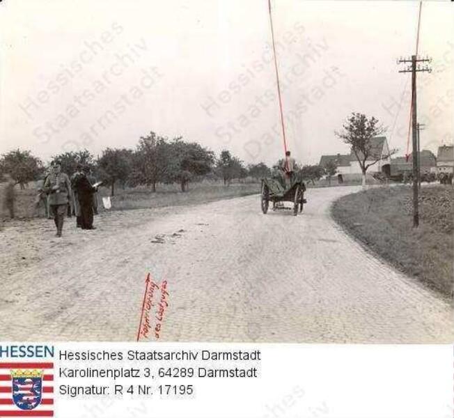 Wallerstädten, Pferdefuhrwerk auf der Straße Groß-Gerau - Wallerstädten