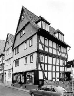 Hersfelder Straße 30