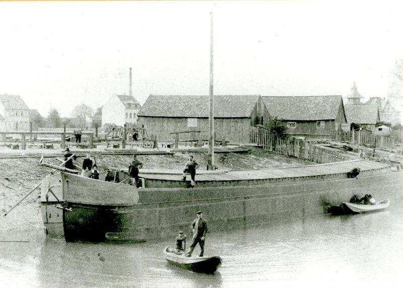 Speyer Alter Hafen Schiffswerft Braun 1902 Im Vordergrund
