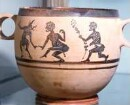 Athen. Archäologisches Nationalmuseum. Skyphos mit tanzenden Kabiren. Aus Theben
