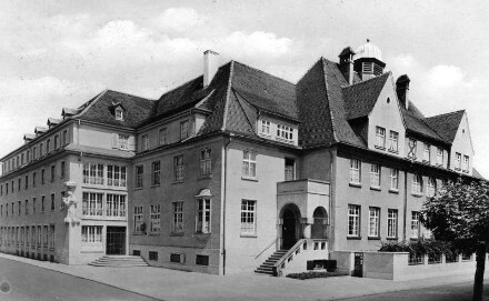 Speyer, Ludwigstr. 63: Schul- und Internatsgebäude Marienheim.